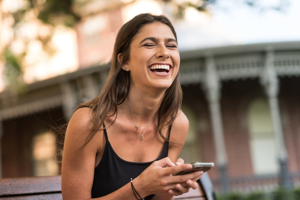 Como o humor pode aliviar o estresse do COVID-19