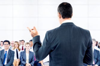 Como desenvolver a habilidade de falar em público