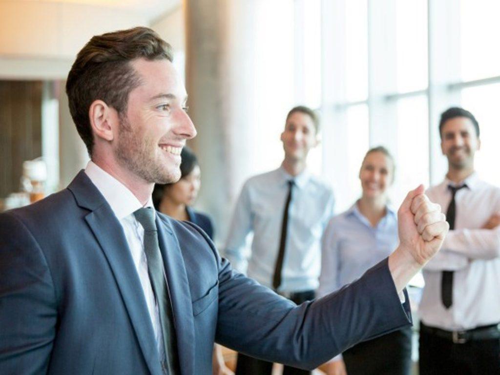 Como desenvolver habilidades de liderança
