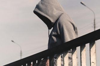 Como lidar com a negação do vício em drogas