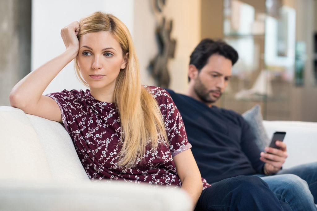 Como o vício na internet reflete nos relacionamentos