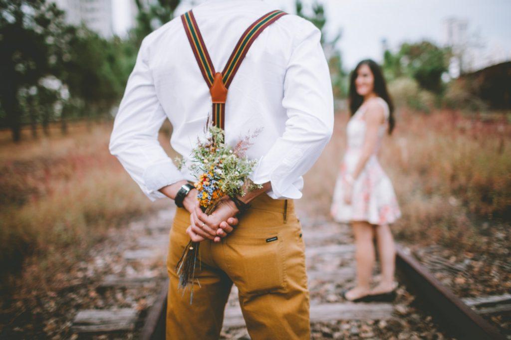 Psicólogos ensinam a demonstrar amor e fortalecer o relacionamento
